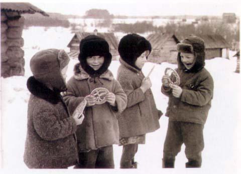 Дети с тетерами